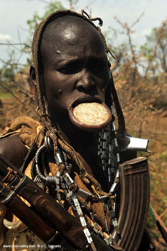 Etiopía, Tribus del Valle del Río Omo - Himba Tours